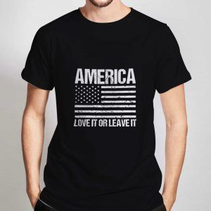 Love-It-Or-Leave-It-Black-T-Shirt